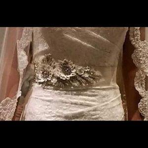 Wedding dress belt.